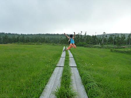 八幡平山頂散策その3 11(2012.7.31) ジャンプ!