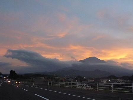 夕焼けの岩手山05(2012.8.4)