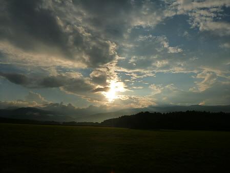 上坊牧野の虹と夕焼け09(2012.8.10)