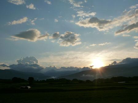 上坊牧野の虹と夕焼け14(2012.8.10)
