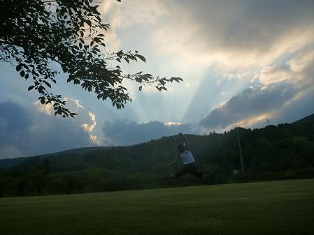 キレイな夕方の雲たち01(2012.8.21)ジャンプ!