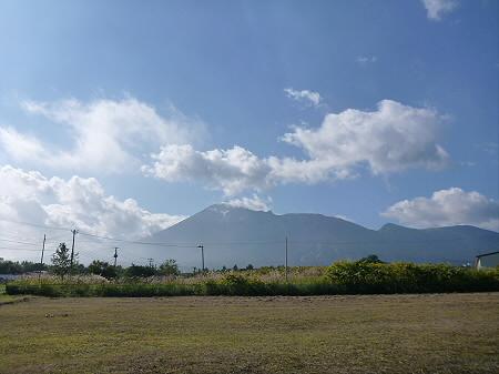 ビジターセンターからの岩手山01(2012.9.7)