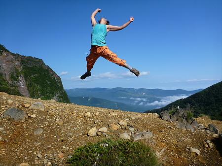 岩手山七滝コース01(2012.9.8)ジャンプ!