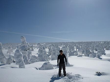 八幡平樹氷vol.2 22(2012.3.1) ジャンプ