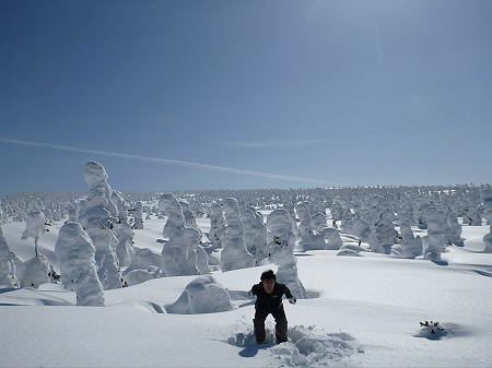八幡平樹氷vol.2 24(2012.3.1) ジャンプ
