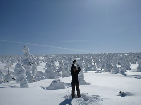 八幡平樹氷vol.2 25(2012.3.1) ジャンプ