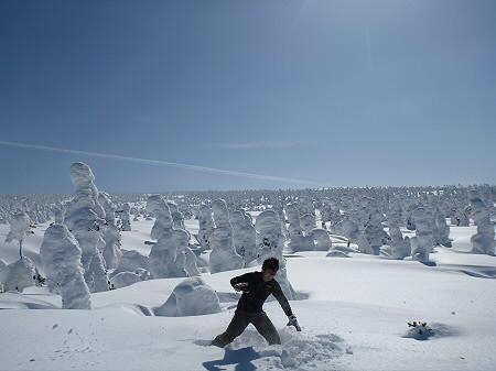 八幡平樹氷vol.2 28(2012.3.1) ジャンプ
