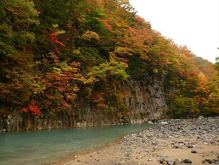 松川渓谷玄武岩07(2012.10.23)