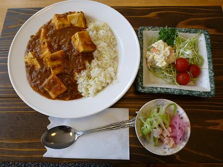 学校の宿 希望の丘「豆腐のカレー」18(2012.4.8)
