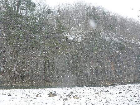 松川渓谷玄武岩05(2012.12.5)