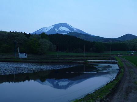 夕方、田んぼのある風景01(2012.5.14)