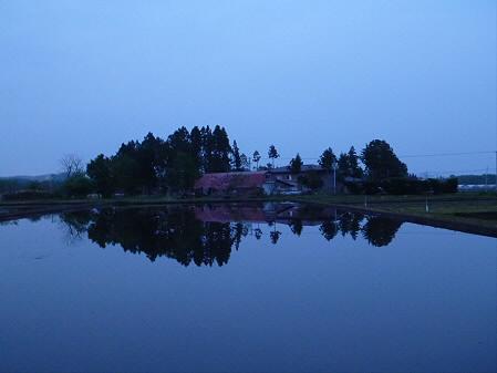 夕方、田んぼのある風景04(2012.5.17)