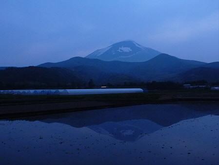 夕方、田んぼのある風景05(2012.5.17)