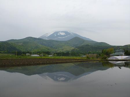 朝、田んぼがある風景01(2012.5.18)