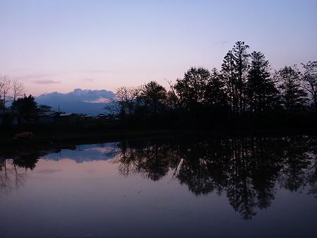 夕方、田んぼのある風景04(2012.5.18)