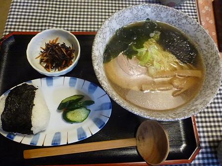 まるかん食堂の豆乳あとかけラーメン05(2012.5.24)