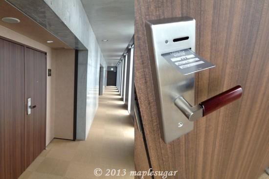 ホテル3/20130621