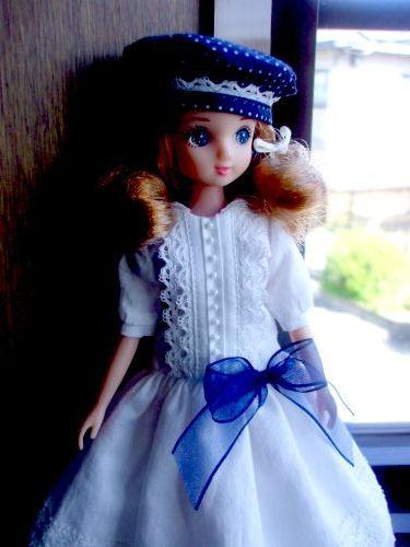 白ドレス ドットベレー帽 横