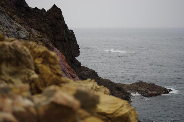 20荒々しい岩肌