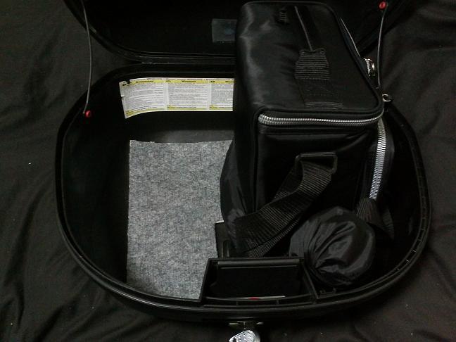 5 左側バッグ