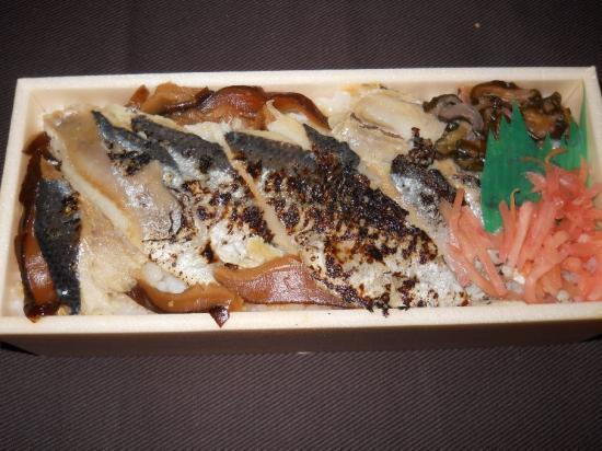 焼きさんま寿司 (2)