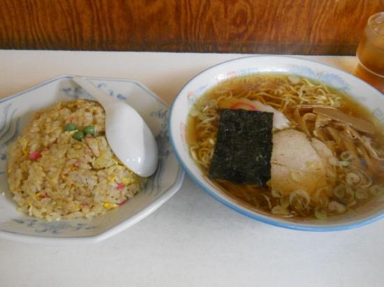 万福半チャンラーメン (1)