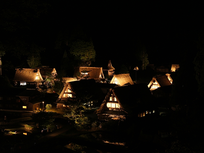 相倉合掌集落の「夜景」