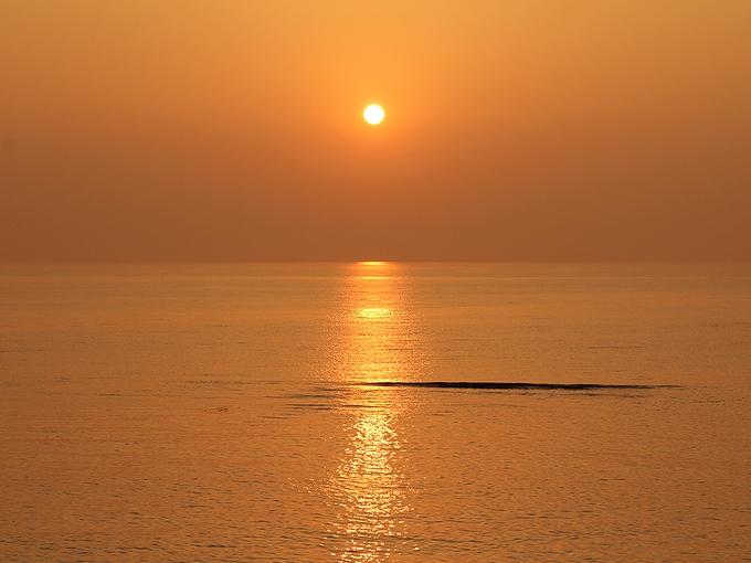 日本海に沈む夕日 5月編