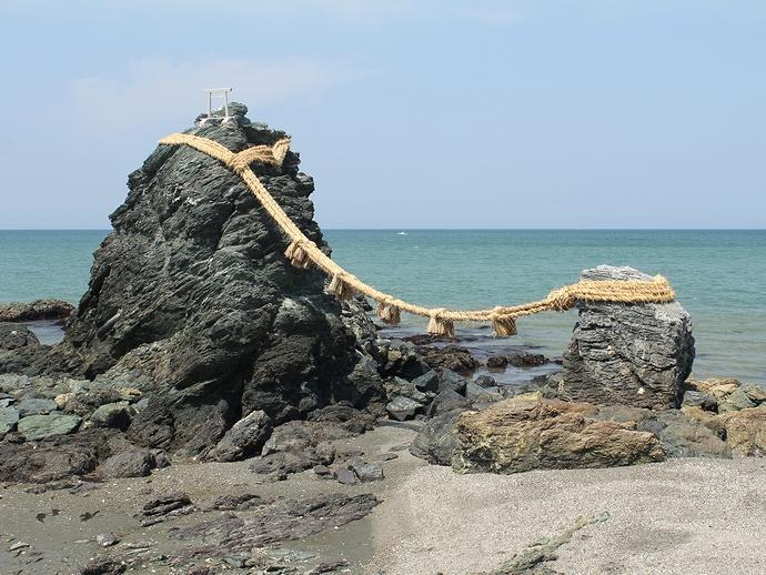 伊勢・二見浦の夫婦岩