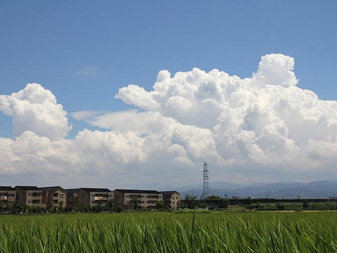 この夏一番夏らしい空 石川県金沢市