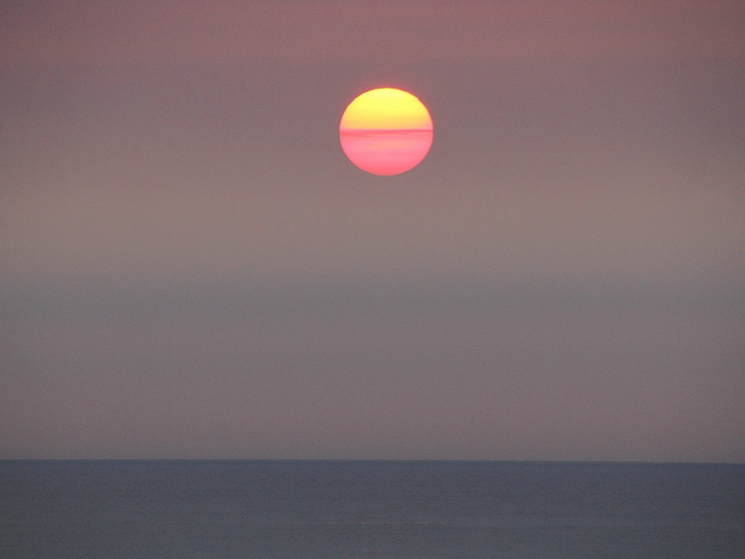 日本海の夏の夕日 白山市より