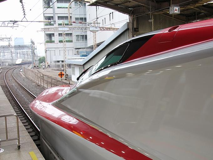 秋田を目指して スーパーこまち 東京駅にて