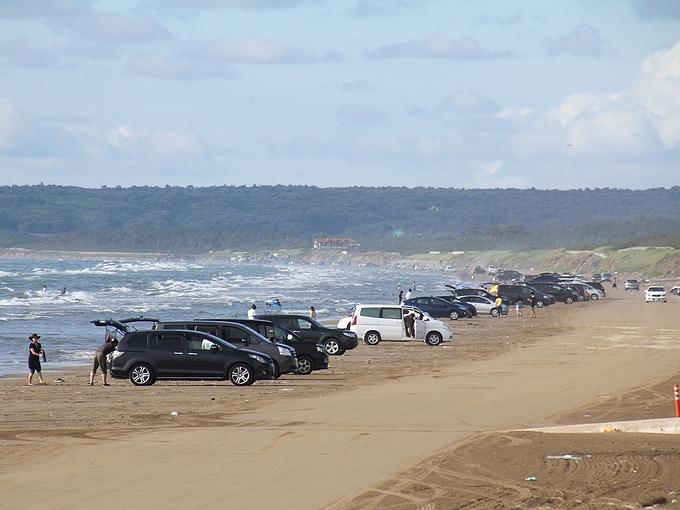 海の日の千里浜