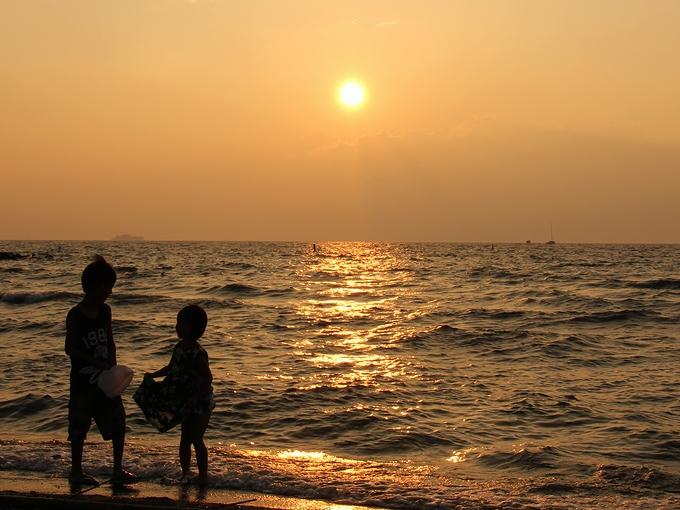 琵琶湖の夕日 松原水泳場より