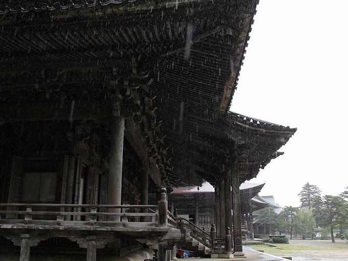 雨の瑞泉寺