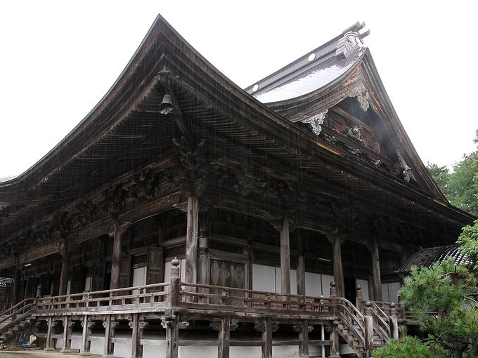 瑞泉寺本堂 北陸最大の木造建造物
