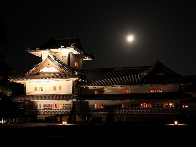 金沢城と中秋の名月