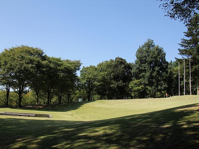 三連休秋の青空 白山市樹木公園