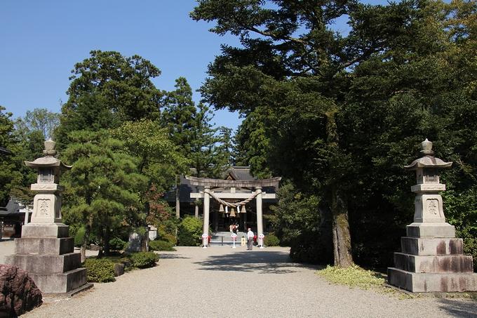 越中一宮 高瀬神社