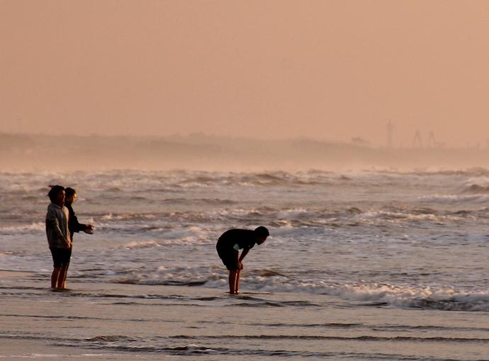 夕方の千里浜なぎさドライブウェイ