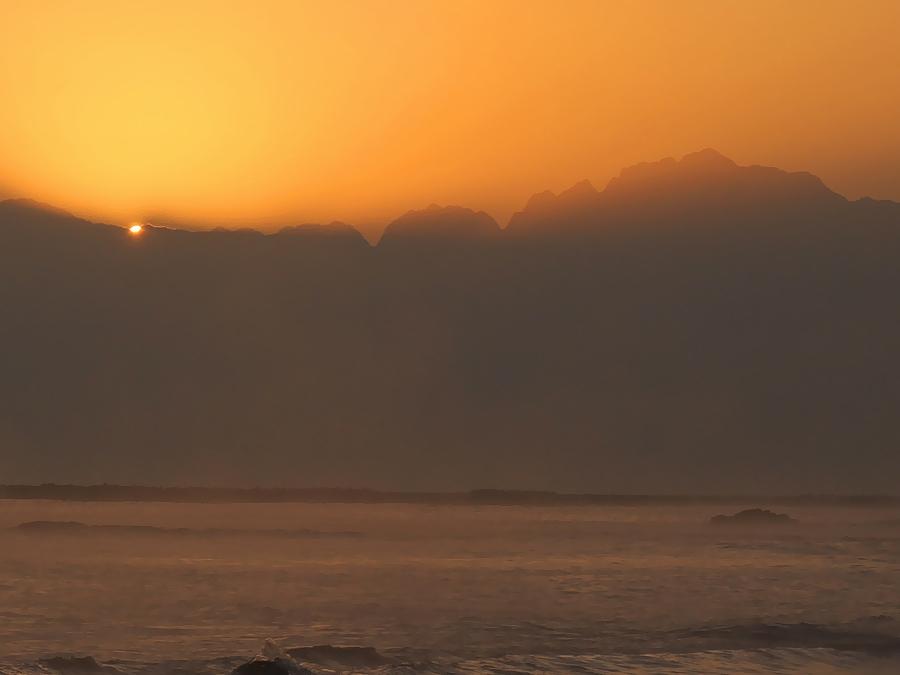 立山連峰からの日の出の瞬間