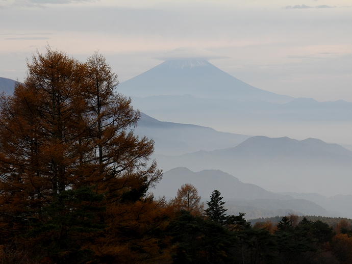 八ヶ岳高原から見た富士山