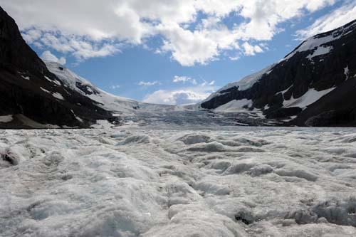 氷河の末端