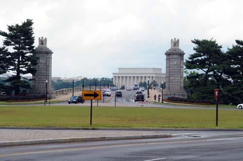 アーリントン記念橋