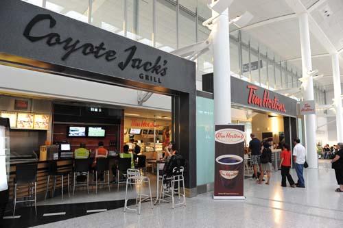 空港で朝食