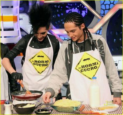 bill-and-tom--cooking time 3