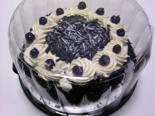 コストコ ブラックフォレストケーキ1950g¥2180
