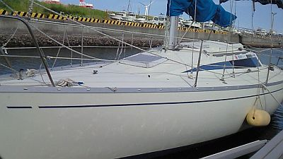 Yacht0610-1.jpg