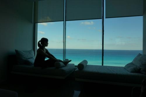 Live aqua cancun club lounge2
