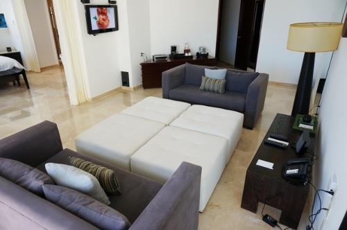 Aqua suite livingroom